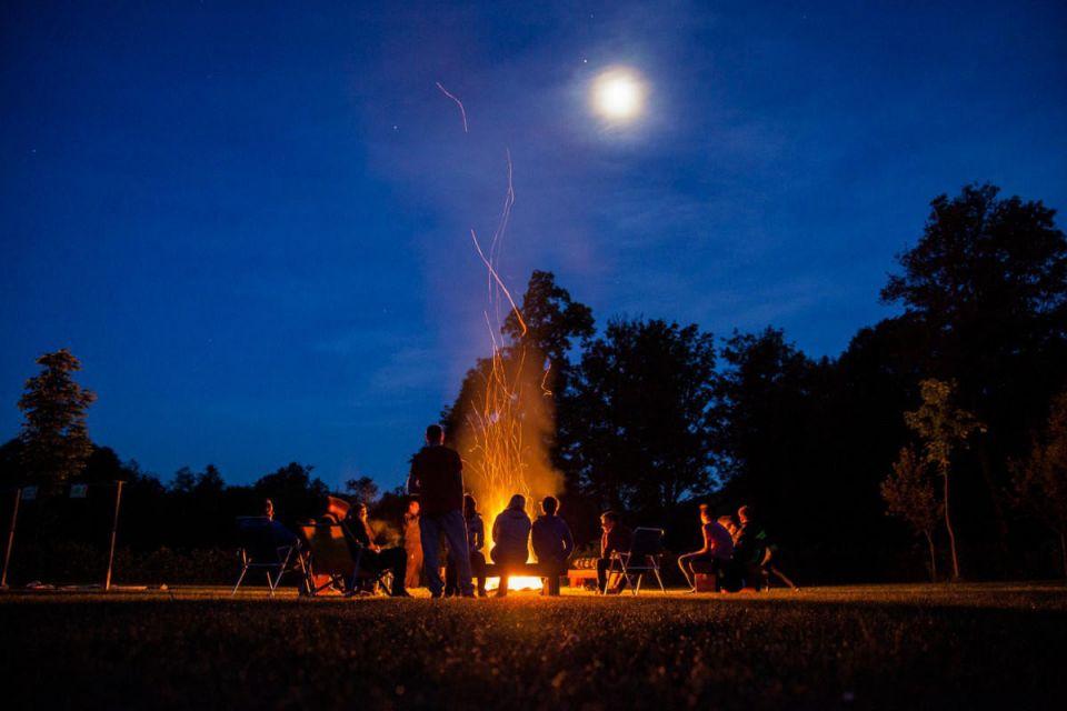 Was erwartet die Jugendlichen bei der #Feuerwehrjugend (4/5) JUGENDLAGERHier stehen Action und Spaß im Vordergrund:  Lagerolympiaden mit lustigen Geschicklichkeitsaufgaben und Spielen, Ausflüge und andere tolle Gemeinschaftserlebnisse.#112live #leopoldsdorf112