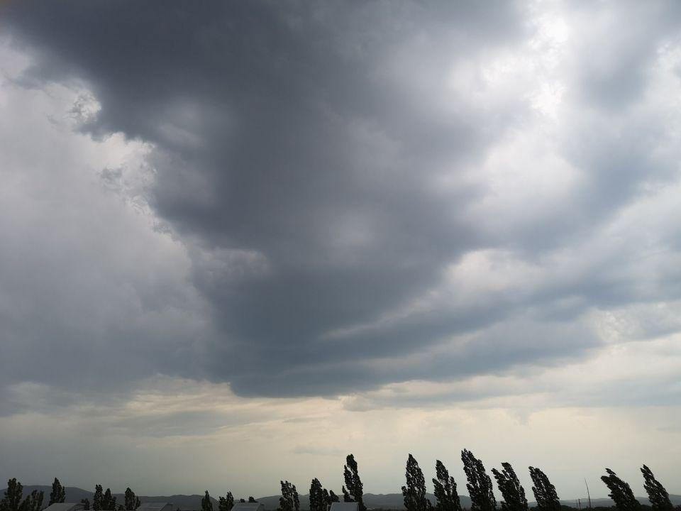Gewitterwolken über Leopoldsdorf. (01.07.2019)